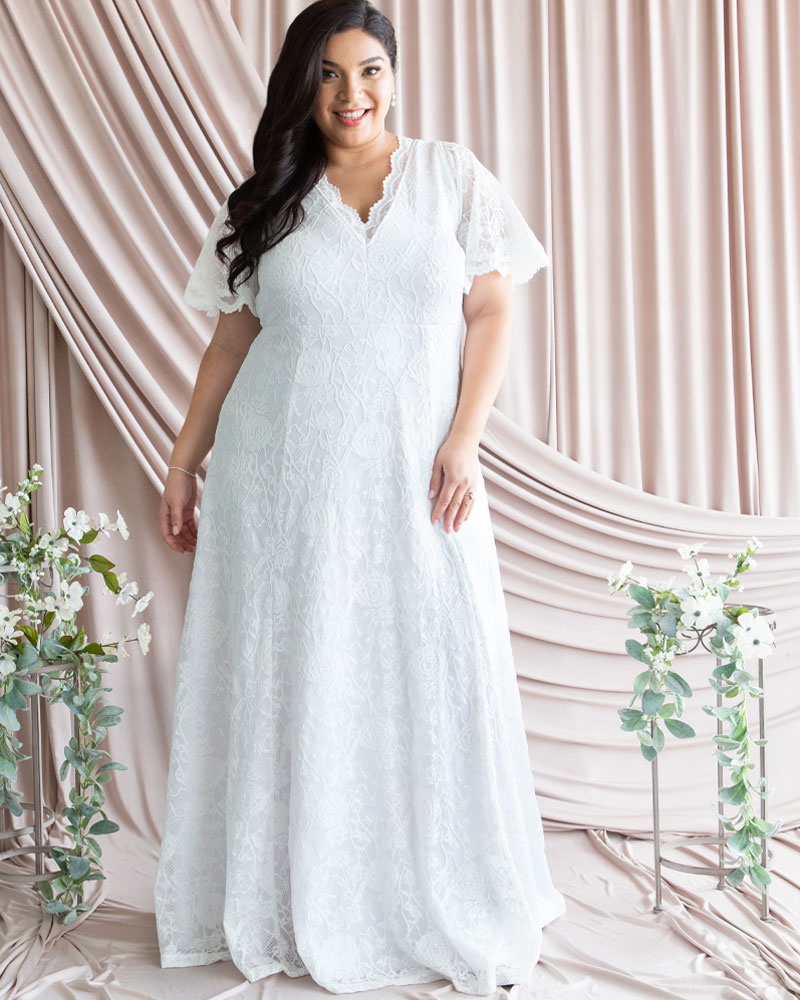 50s Wedding Dress, 1950s Style Wedding Dresses, Rockabilly Weddings Kiyonna Womens Plus Size Blissful Lace Wedding Gown $348.00 AT vintagedancer.com