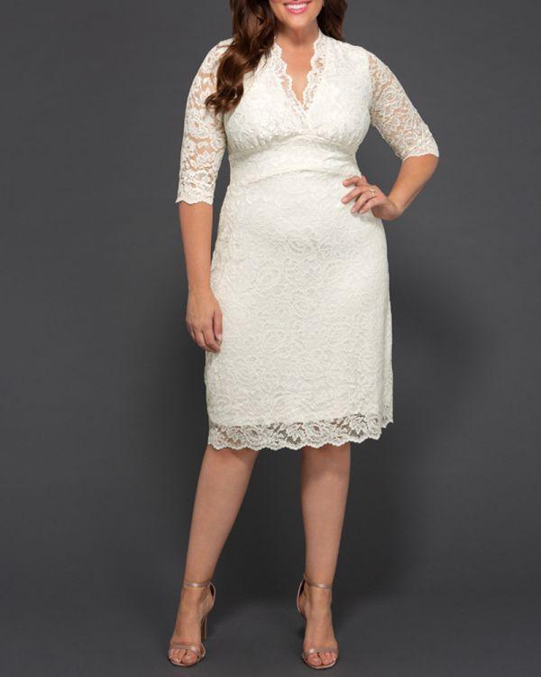 Kiyonna Luxe Lace Wedding Dres...
