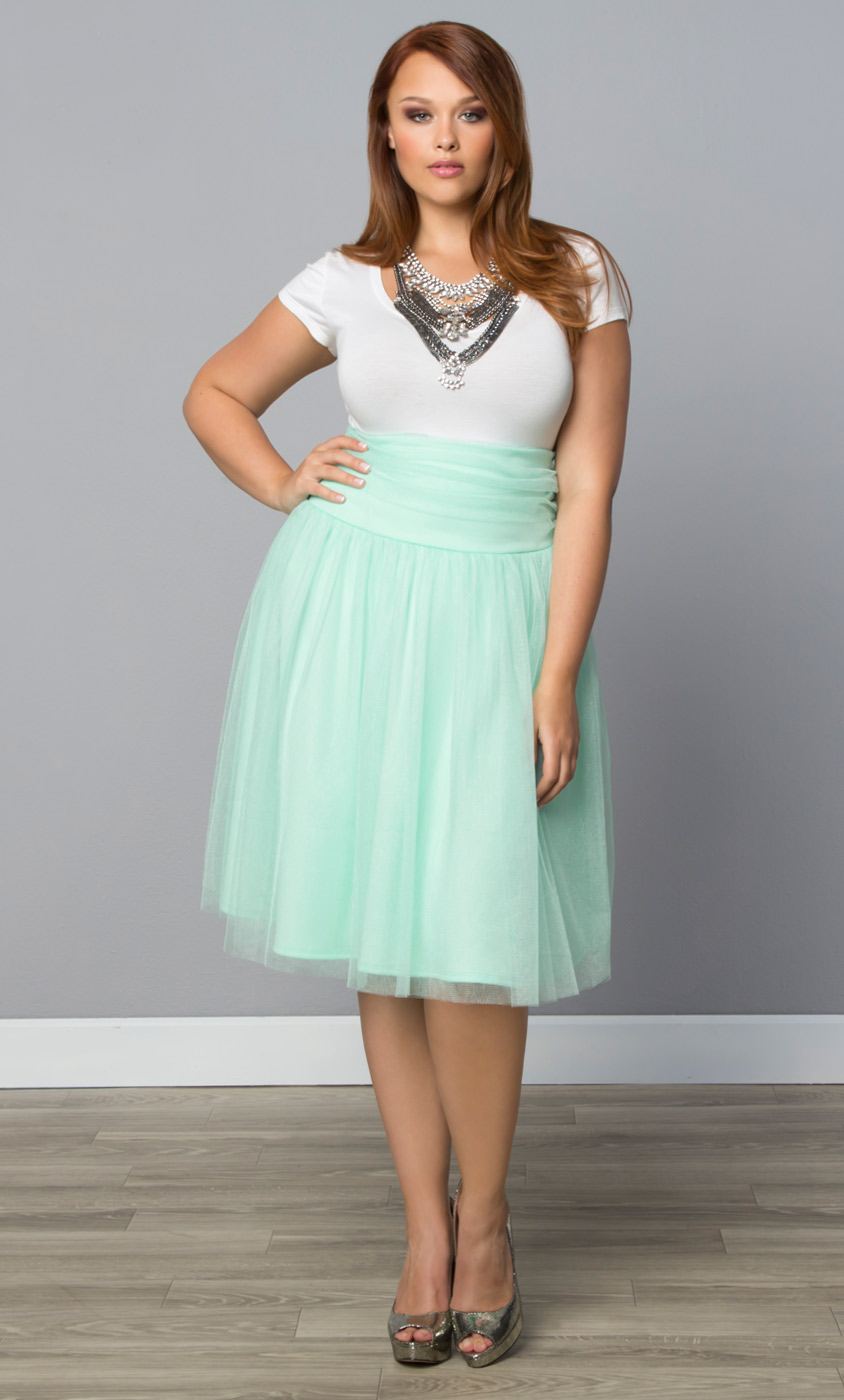 plus size skirts twirling in tulle skirt kiyonna