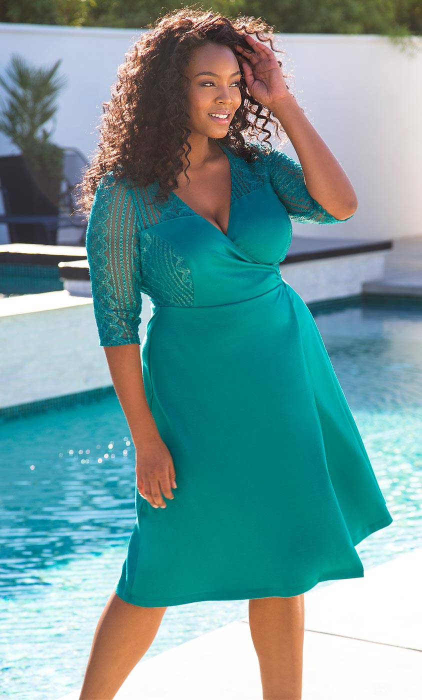 Plus size clothing for women dresses
