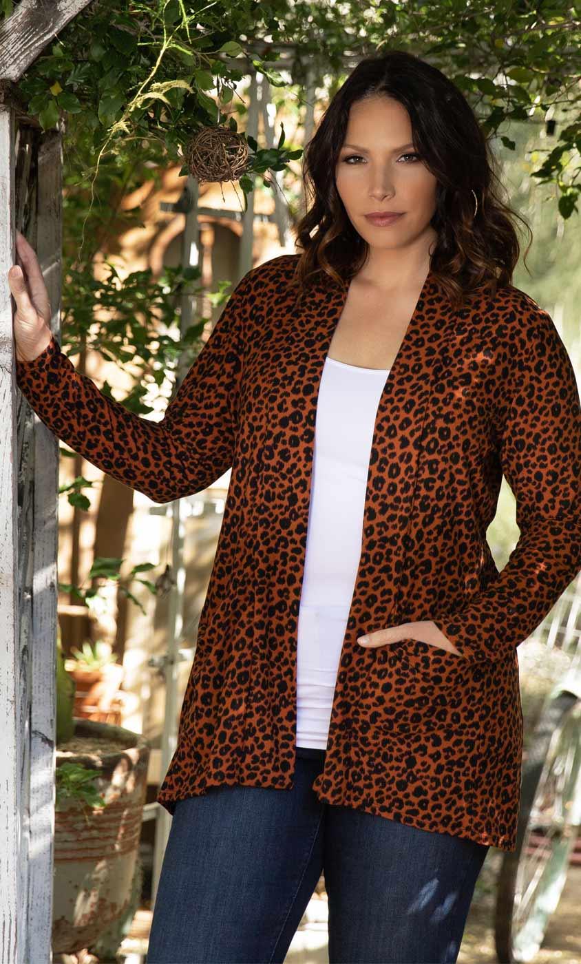 Kiyonna Womens Plus Size Adriana Cardigan