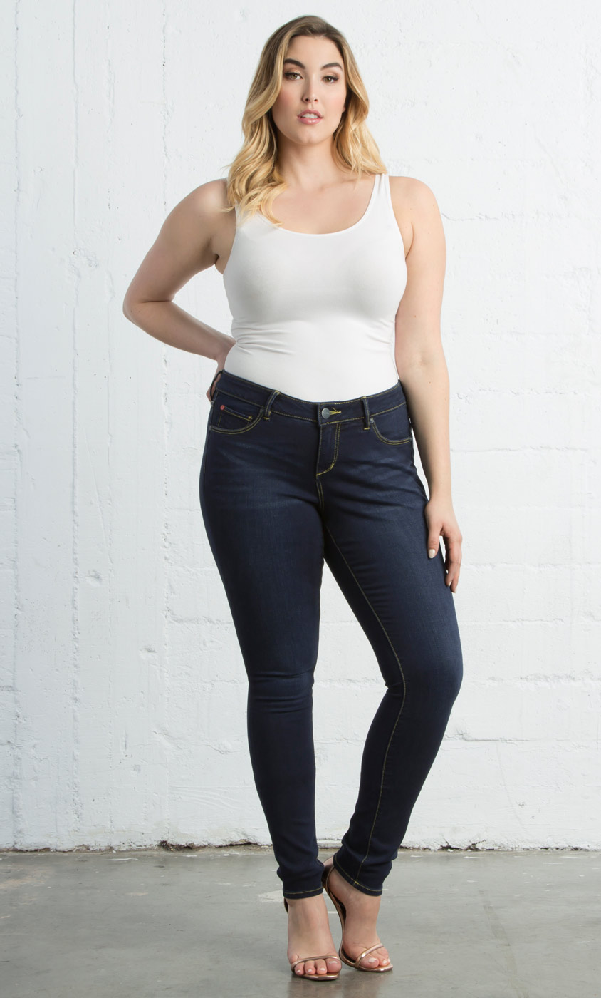 8d4b1688bc232 High Waisted Plus Size Jeans