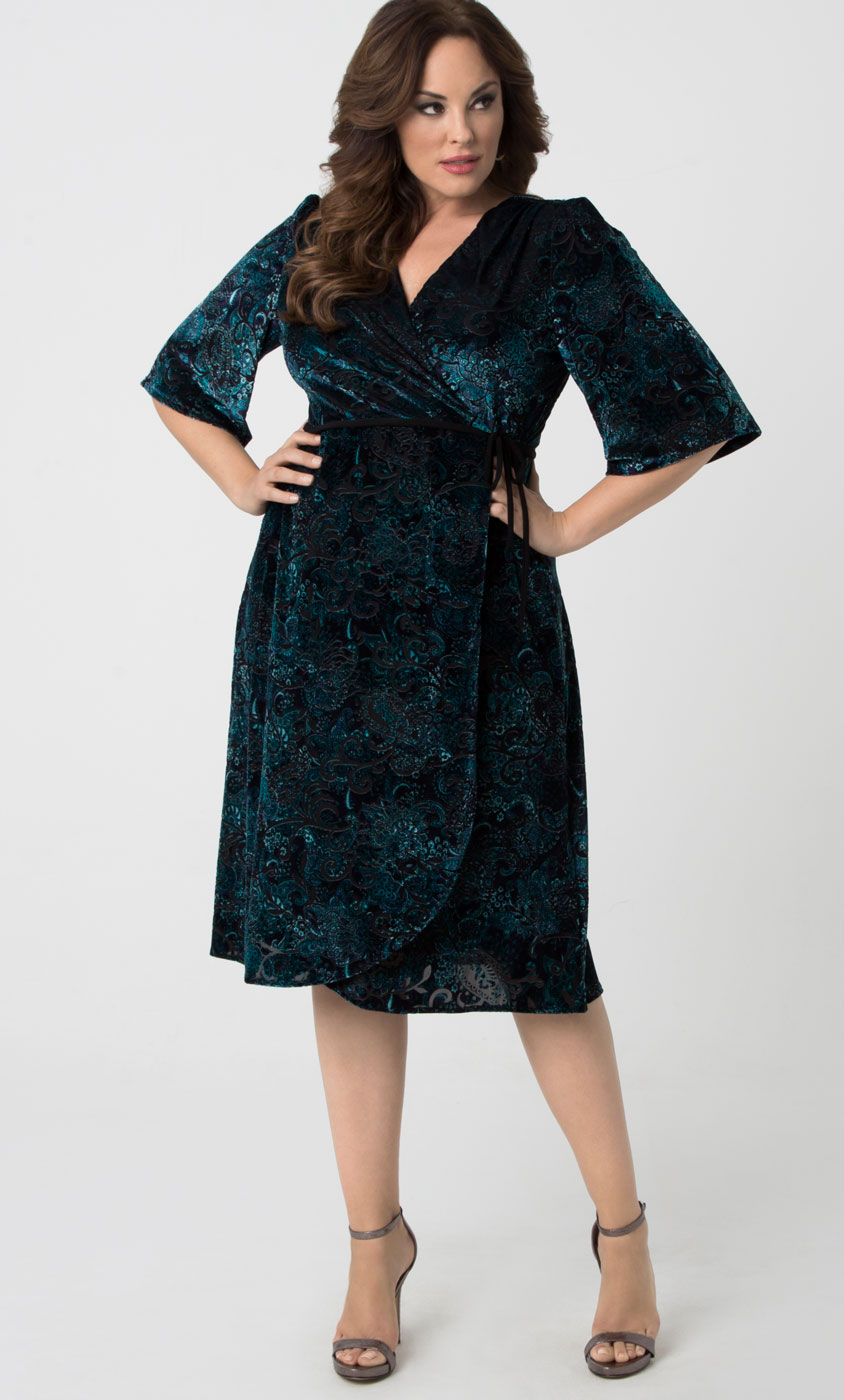 Plus Size Wrap Dresses: Curvy Fashion | Kiyonna Clothing