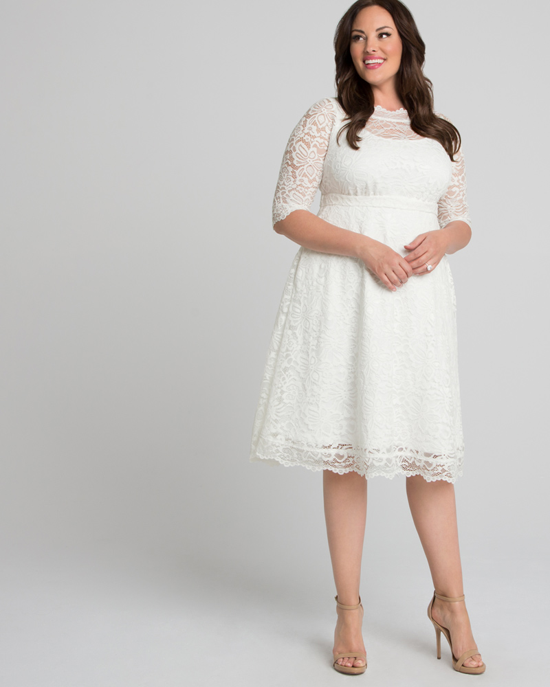 1950s Clothing Kiyonna Womens Plus Size Pretty in Lace Wedding Dress $198.00 AT vintagedancer.com