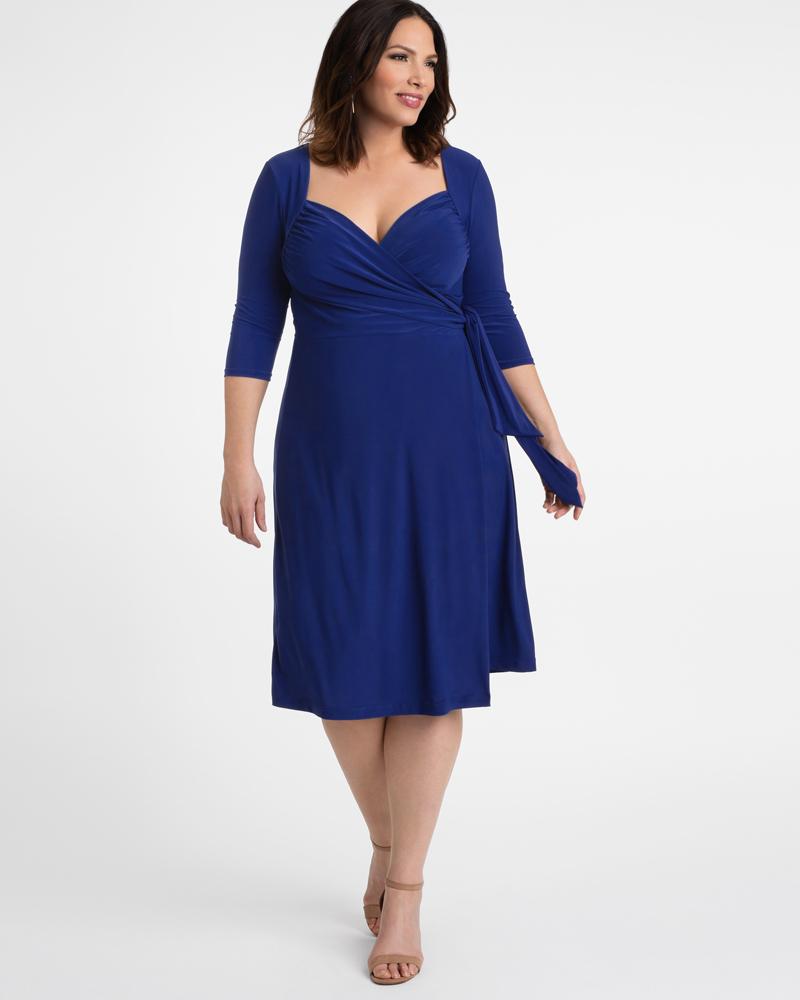 1940s Plus Size Dresses | Swing Dress, Tea Dress Kiyonna Womens Plus Size Sweetheart Knit Wrap Dress $88.00 AT vintagedancer.com