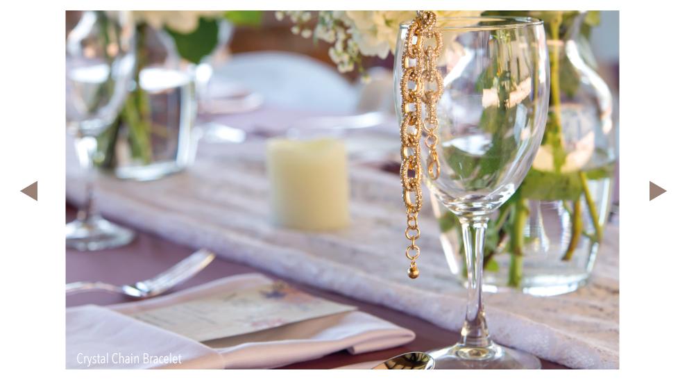 Trendy Fashion Jewelry Bracelet in Gold Tone